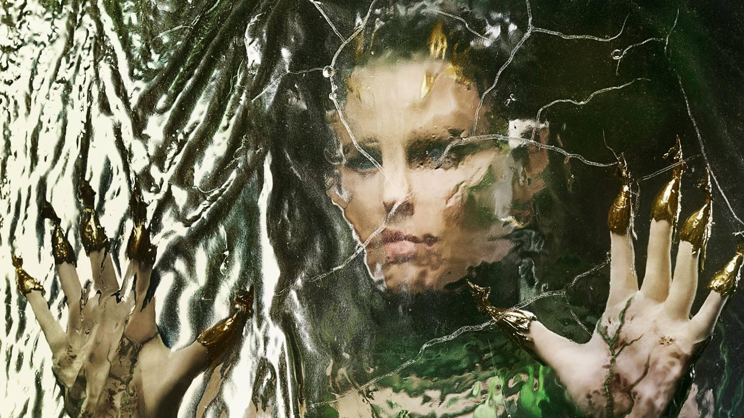 Goldig und biestig zugleich: Rita Repulsa (Elizabeth Banks).