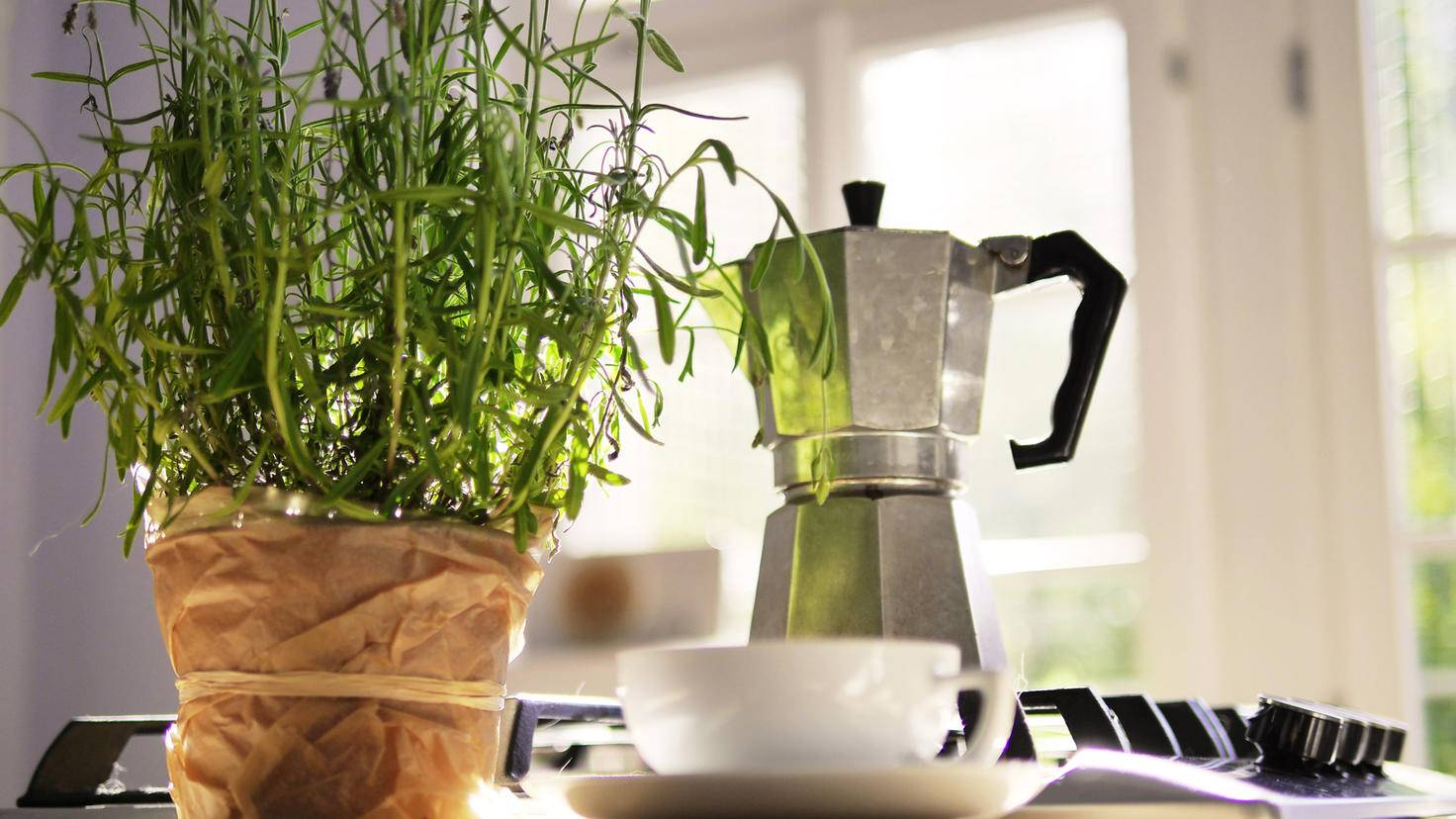 Ein Gasherd eignet sich besonders gut für die Kaffeezubereitung mit dem Espressokocher.