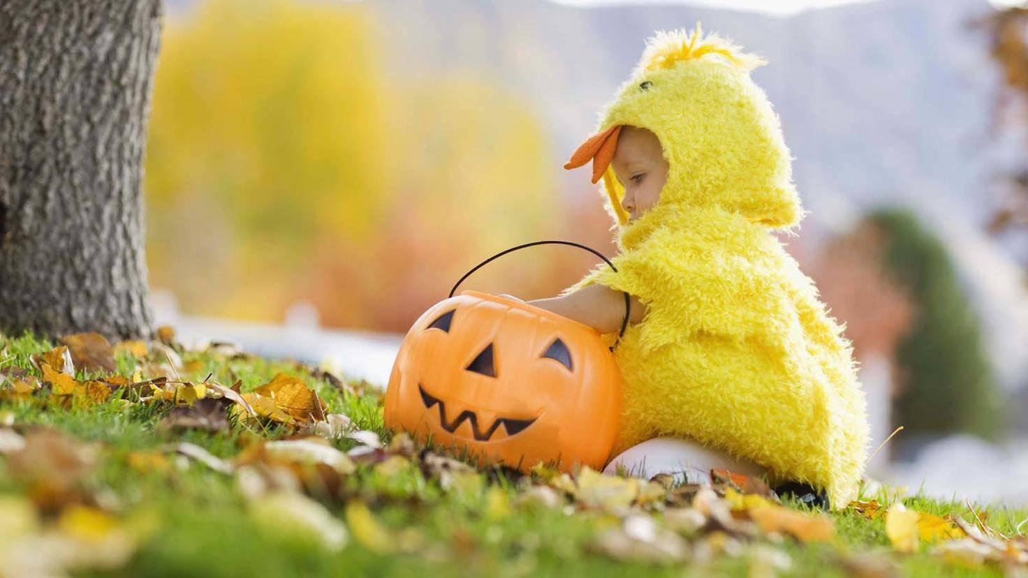 Baby-Halloween-Jupiterimages-ThinkstockPhotos-89793524