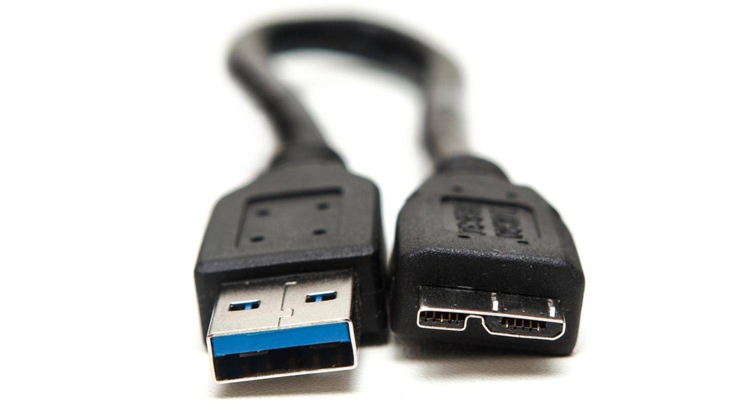 USB 3.0 cable with type A and Micro-B type connector