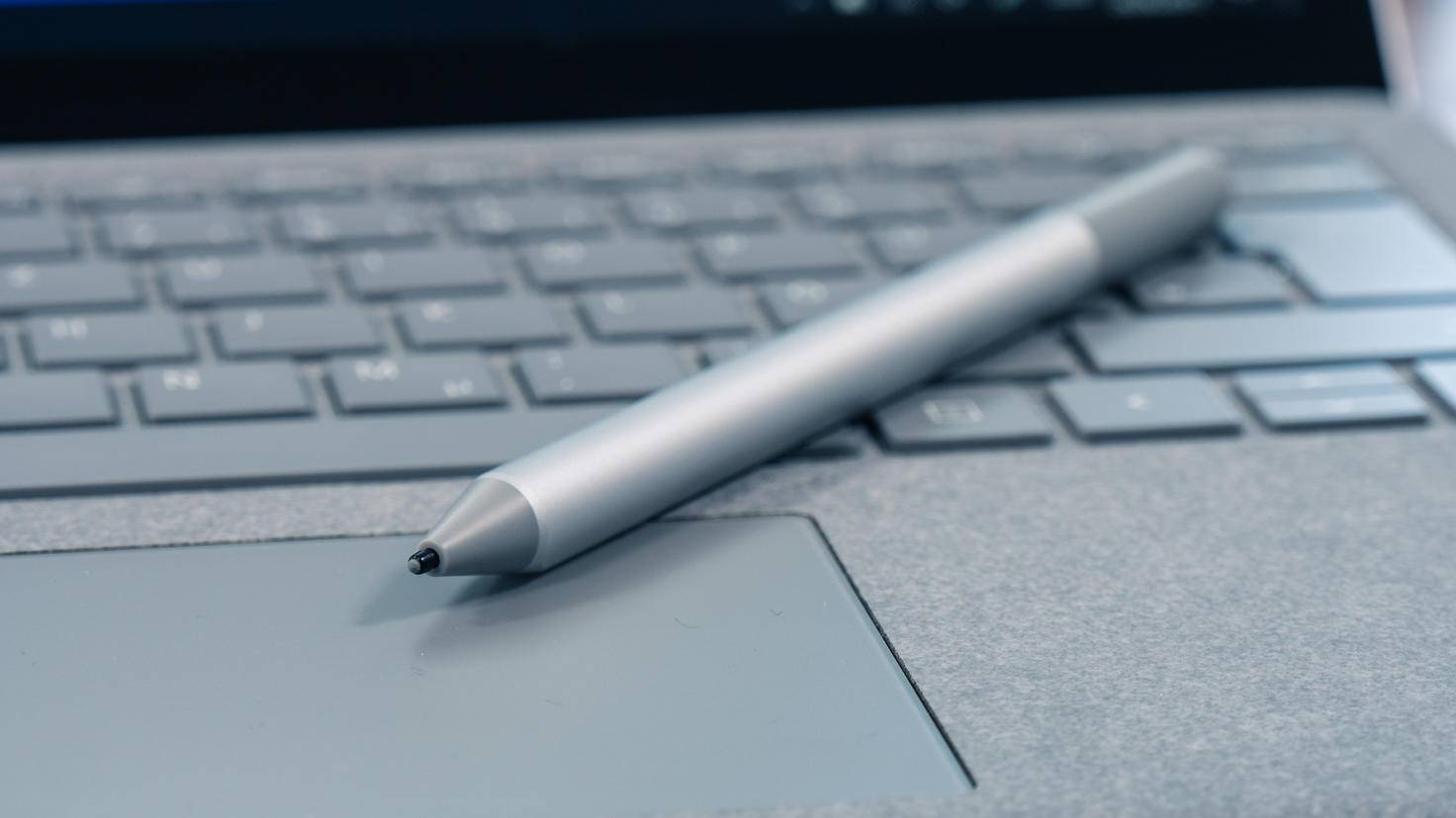 Der Surface Pen ist optional erhältlich.