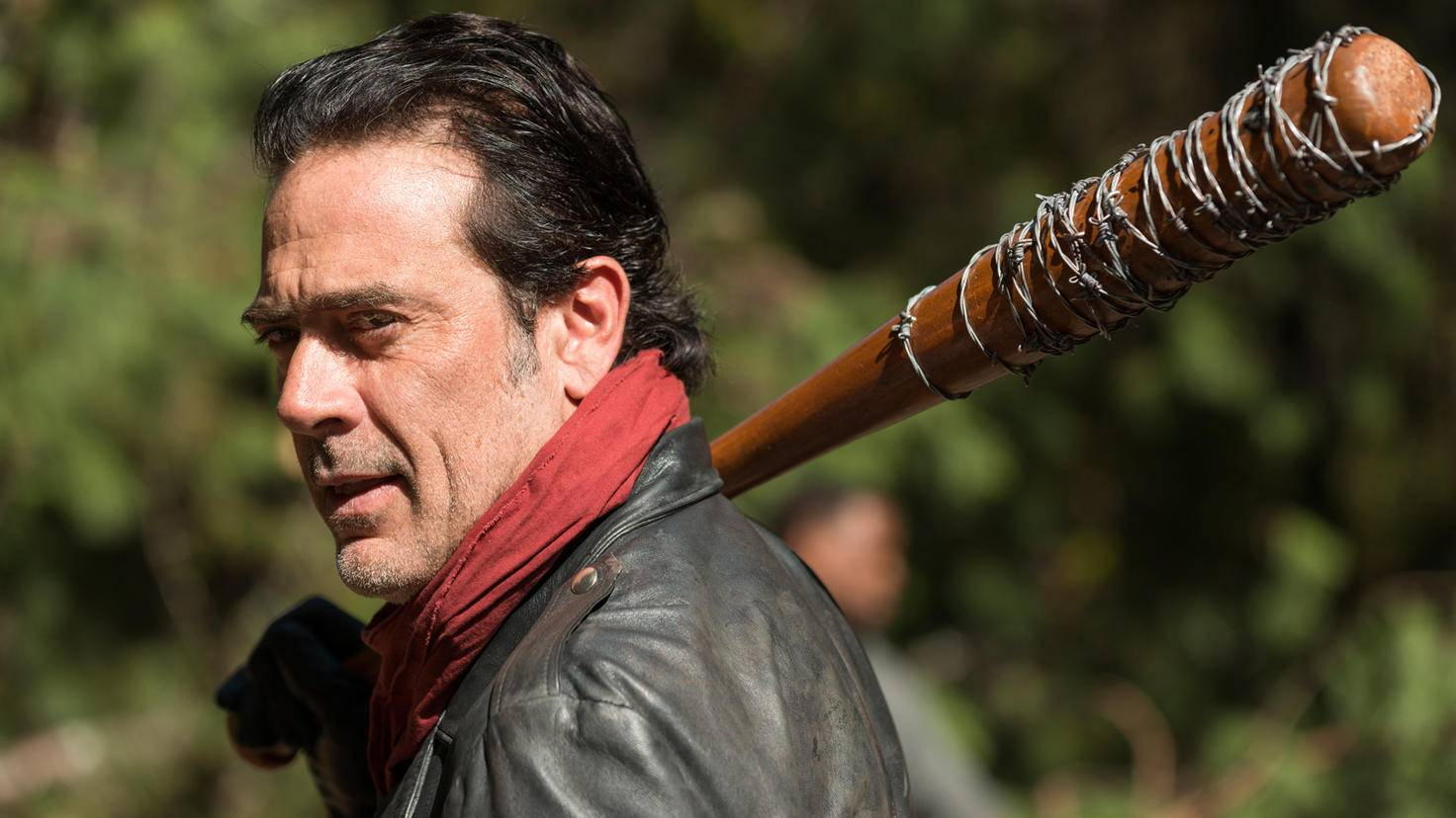 Negan-The Walking Dead-Gene Page-AMC-TWD_716_GP_1107_0115-RT (1)