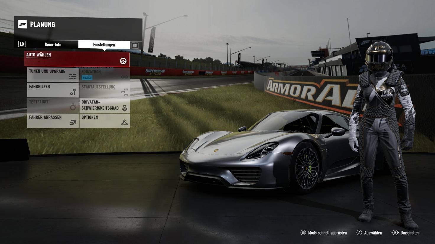 Je nach Beschränkung können wir vor jedem Rennen unser Auto auswählen.