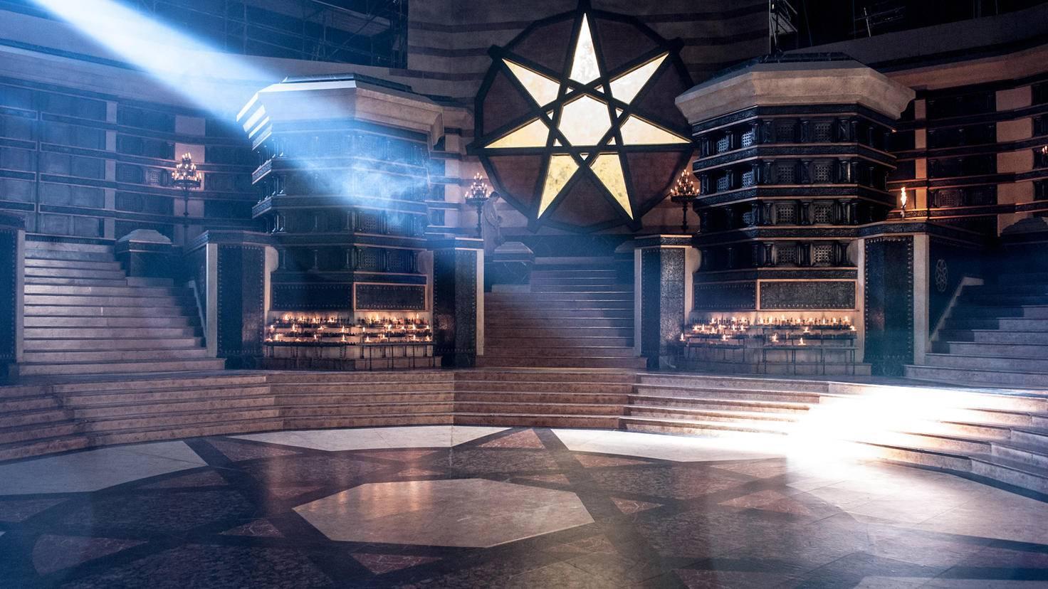 Die Ruhe vor dem Sturm: Am Ende von Staffel 6 ist von der Septe nicht mehr viel übrig.