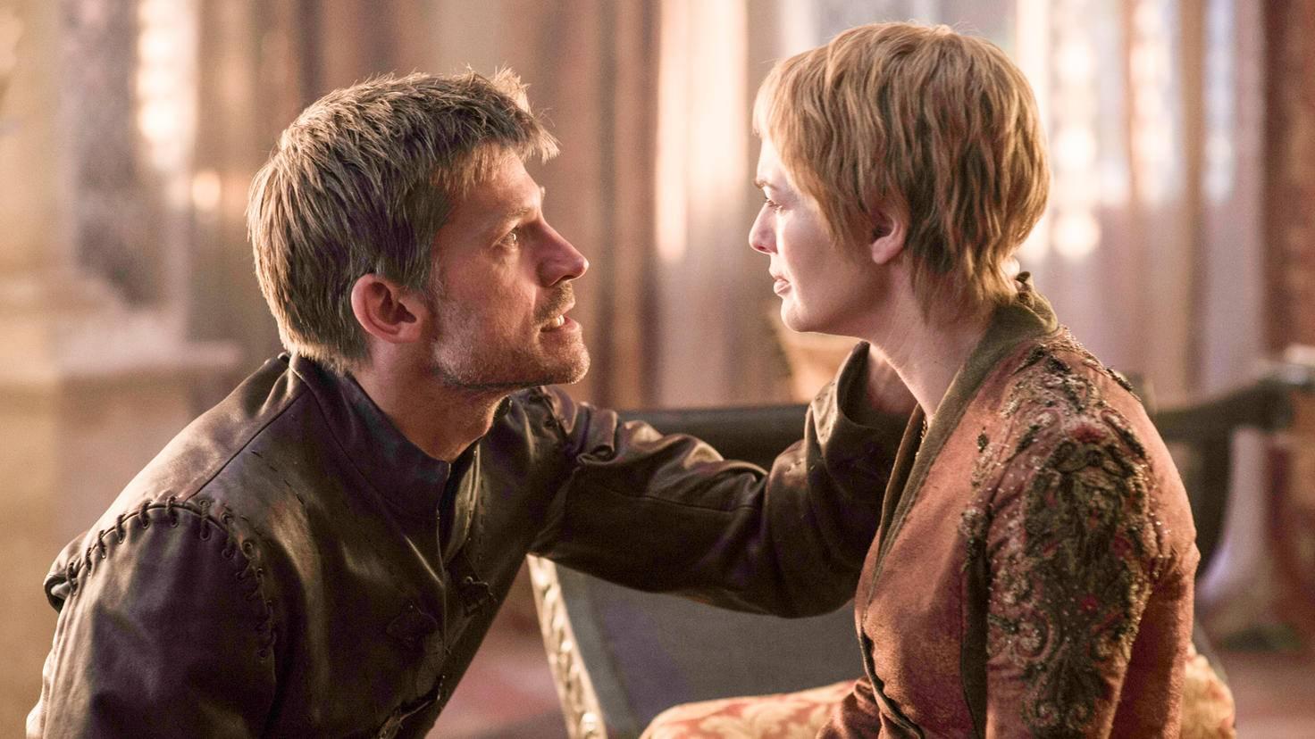 Jaime Lannister sieht der Krönung von Cersei mit Skepsis entgegen.