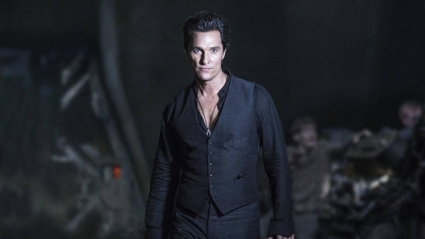 Der Mann in Schwarz wird gespielt von Matthew McConaughey.