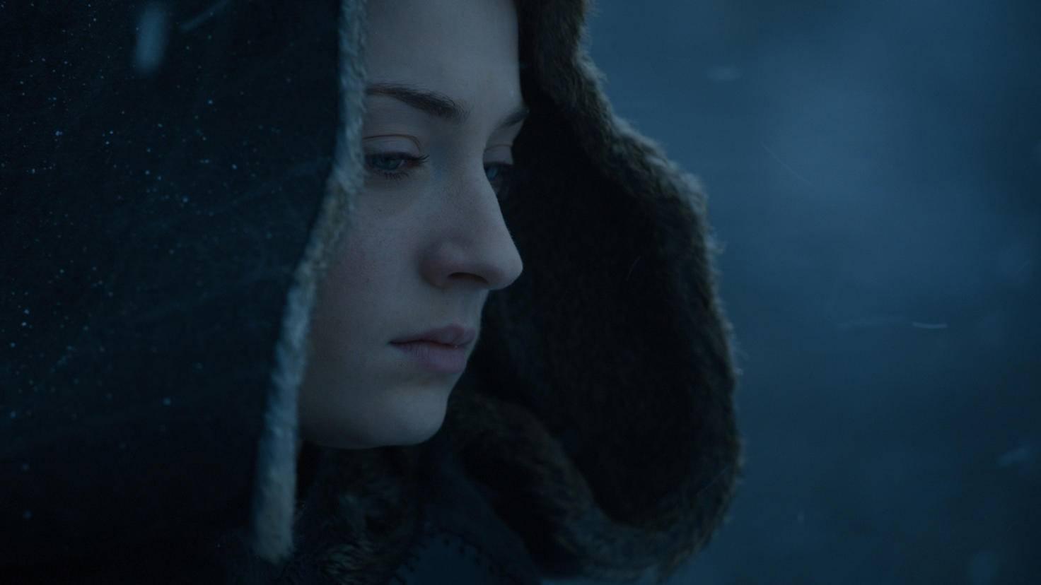 ... scheint Sansa sich einen kleinen Spaziergang im freien zu genehmigen. Beide sehen allerdings wenig glücklich aus.