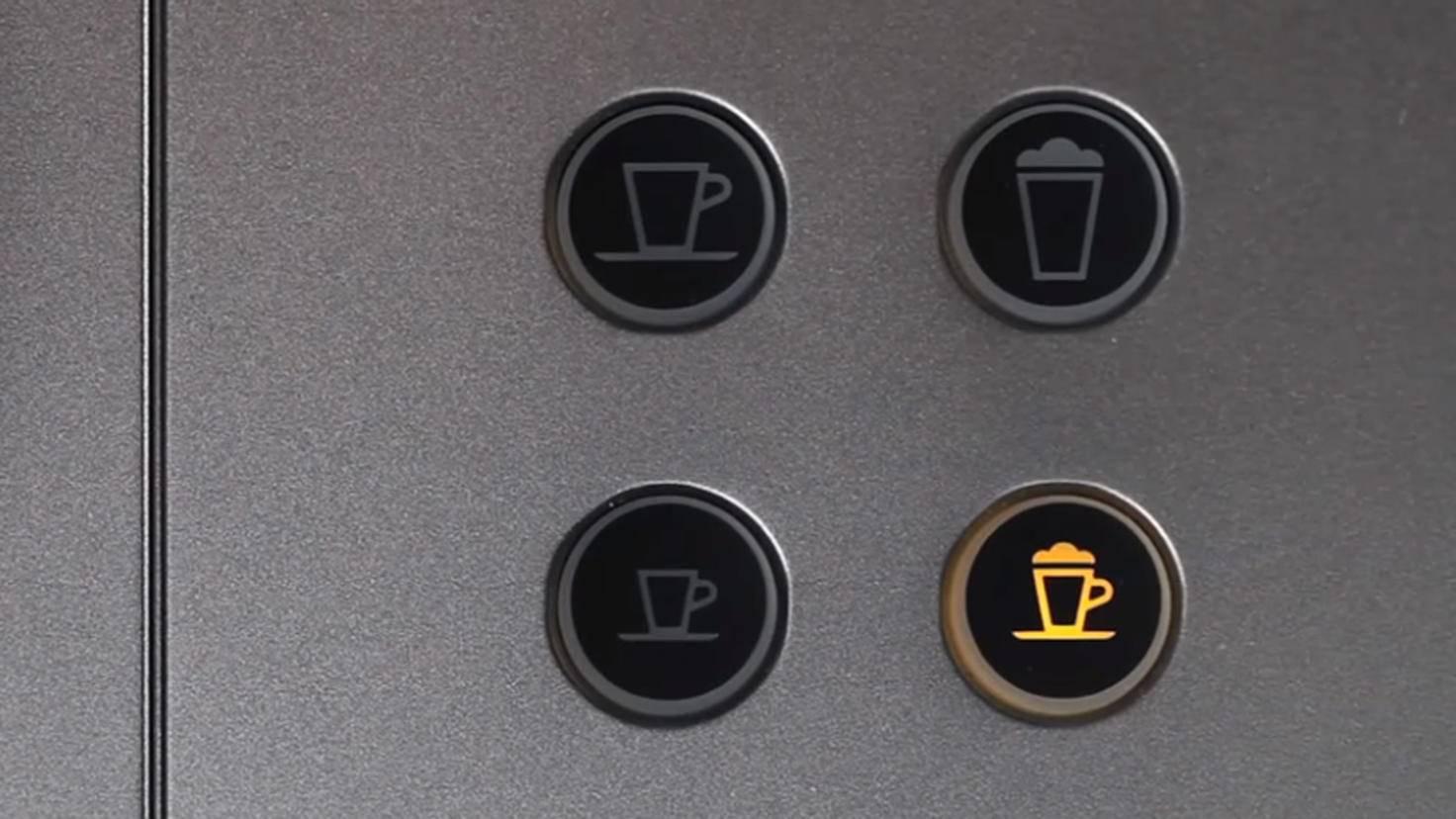 Wenn die Cappuccino-Taste leuchtet, bist Du auf dem richtigen Weg.