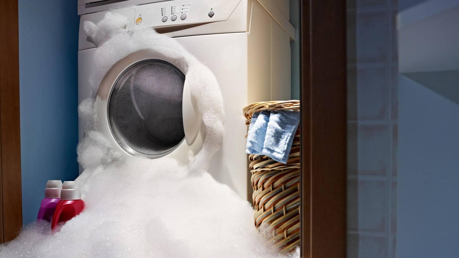 Waschmaschine-diego_cervo-ThinkstockPhotos-136628195