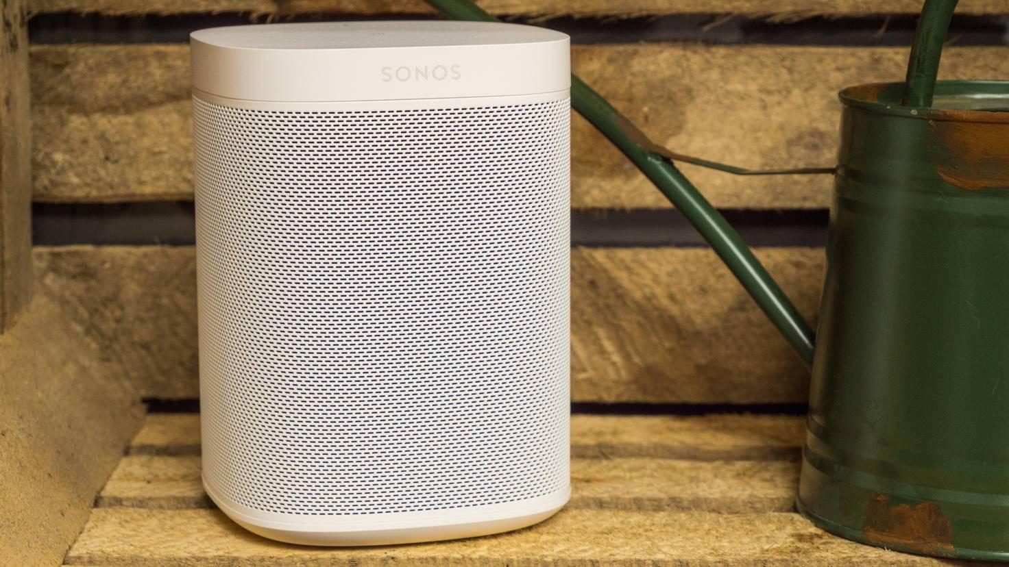 Mit Alexa lassen sich zum Beispiel die Sonos-Play1-Lautsprecher bedienen.