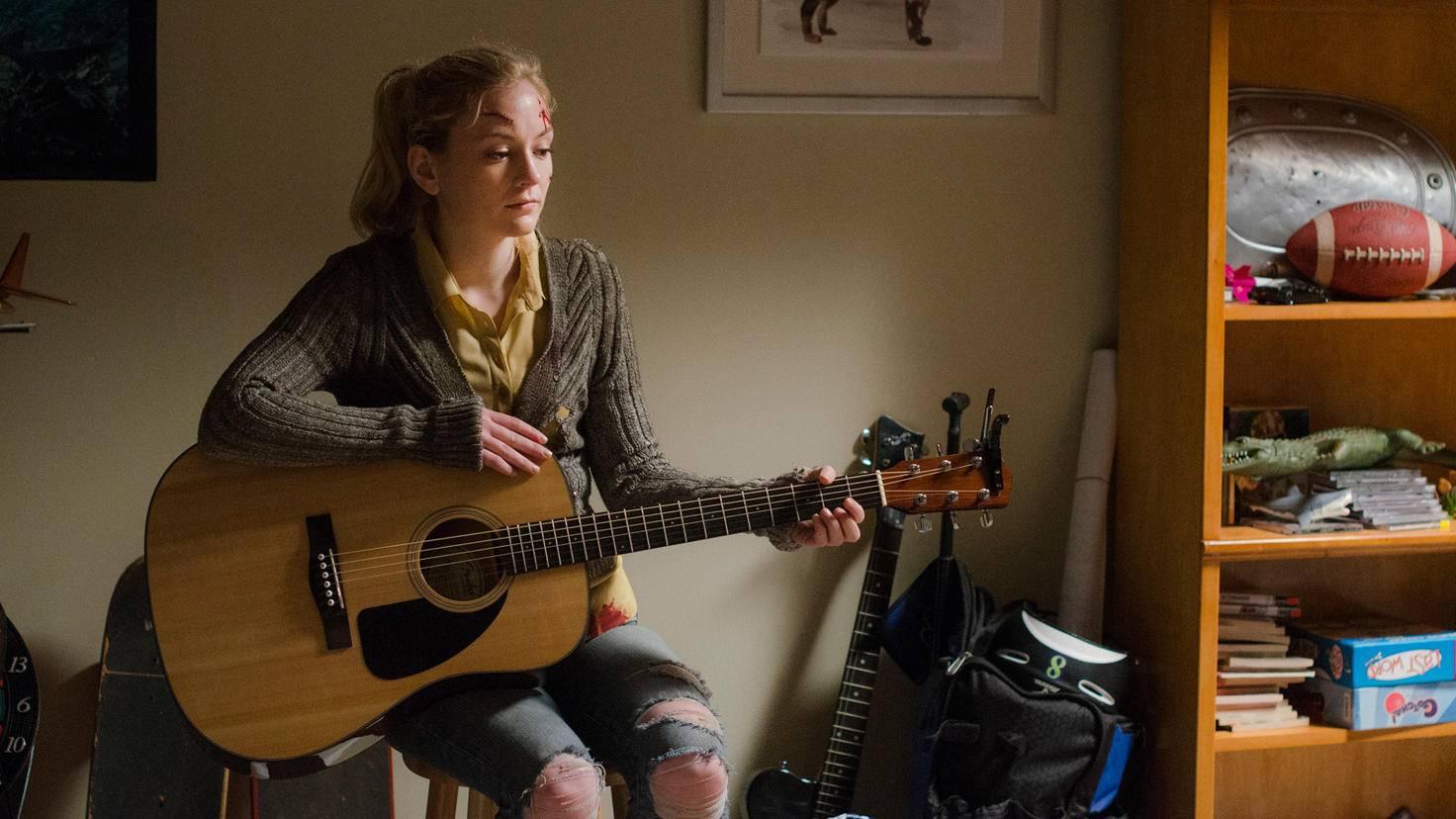 The Walking Dead-Beth-Emily Kinney-Gene Page-AMC-TWD_509_GP_0821_0111
