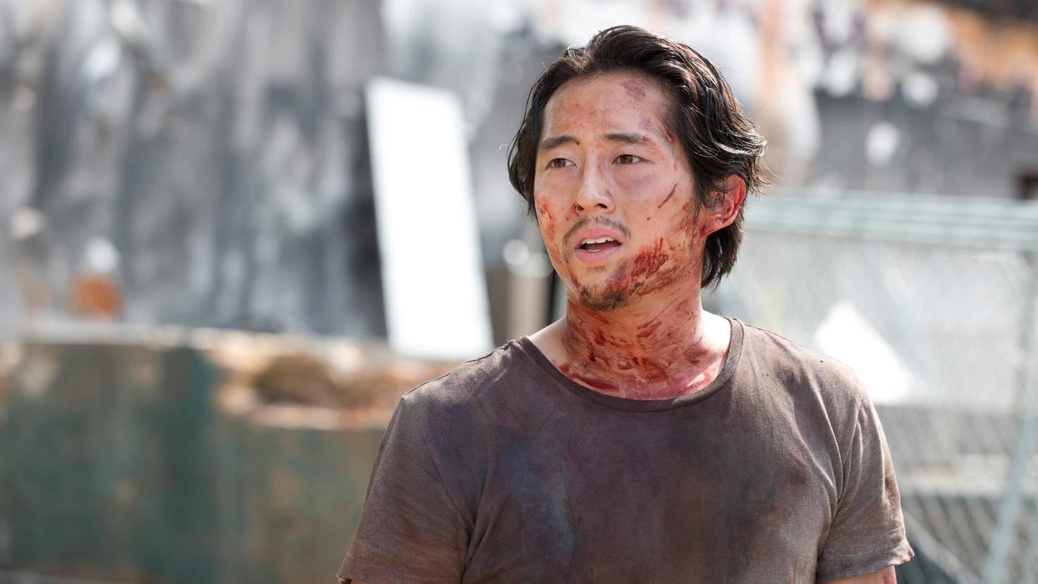 The Walking Dead-Glenn-Steven Yeun-Gene Page-AMC-TWD_607_GP_0702_0149