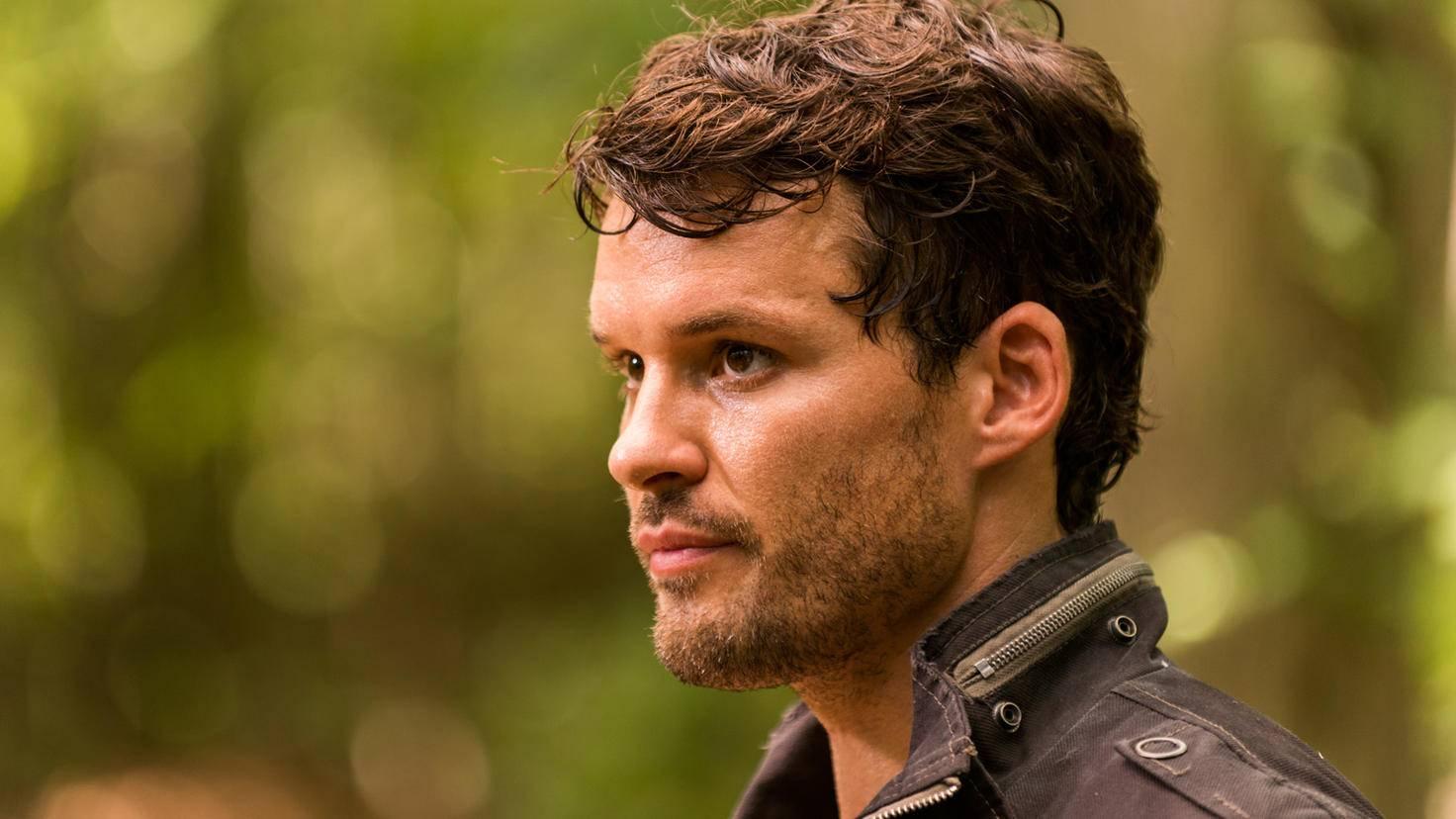 The Walking Dead-Spencer-Austin Nichols-Gene Page-AMC-TWD_707_GP_0720_0054-RT