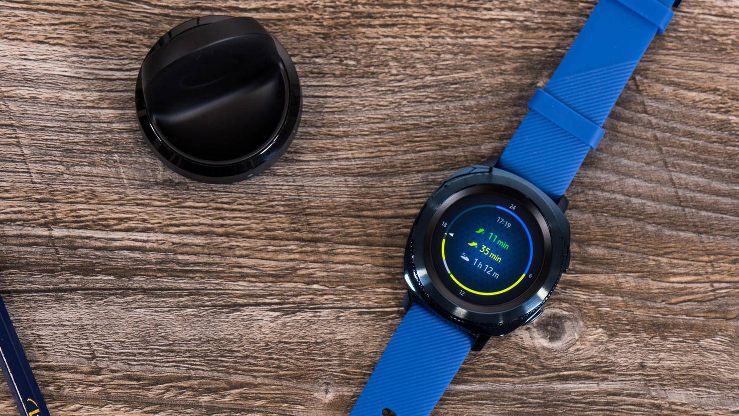 Die Widgets der Samsung Gear Sport lassen sich beliebig ergänzen.
