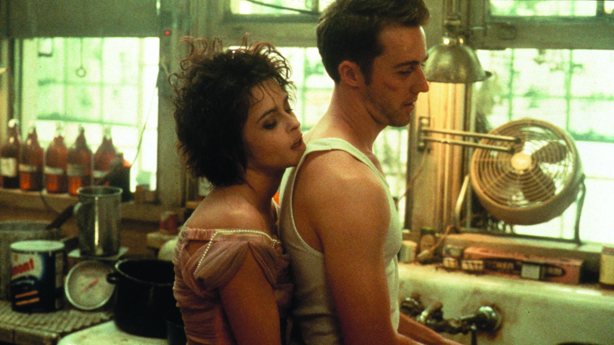 Jack und Marla führen (un-)romantische Gespräche vor dem Kühlschrank.