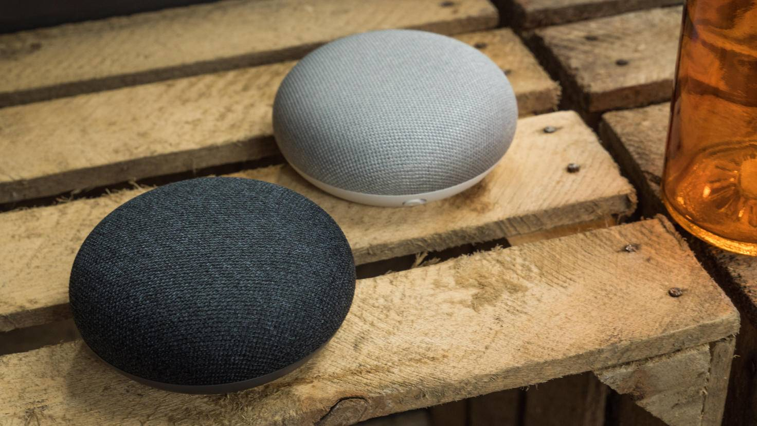 Google-Home-Mini-01