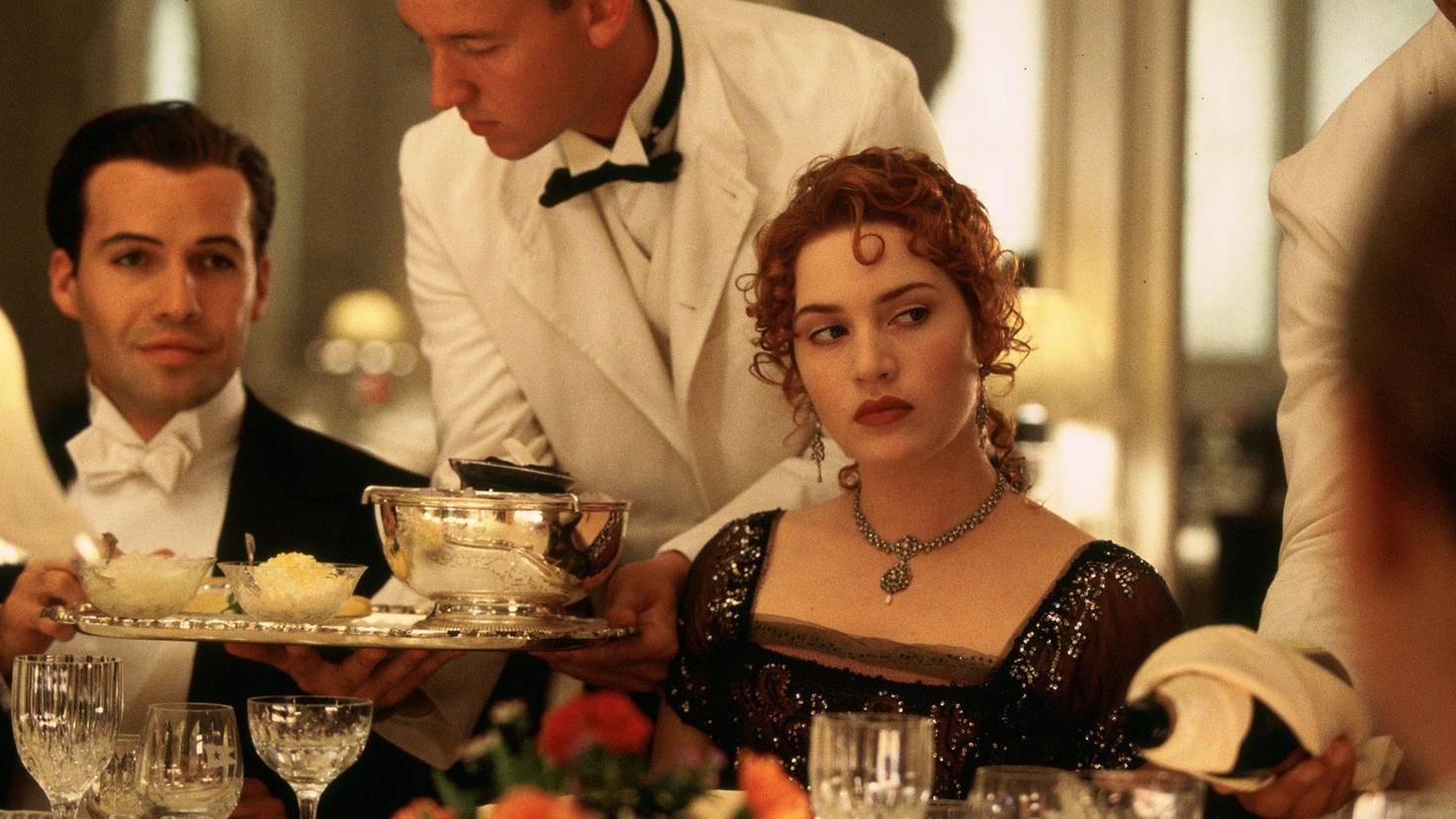 """Mit ein paar Rosen zum Erfolg: Kate Winslet bestach James Cameron für """"Titanic"""" mit Rosen."""