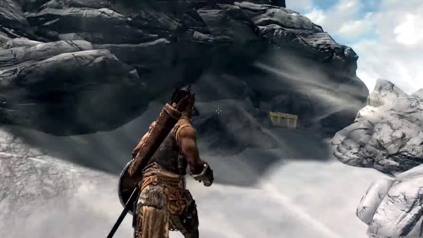 """Halb versteckt hinter einer Felswand findest Du die Kiste, in der das """"Zelda""""-Kostüm liegt."""
