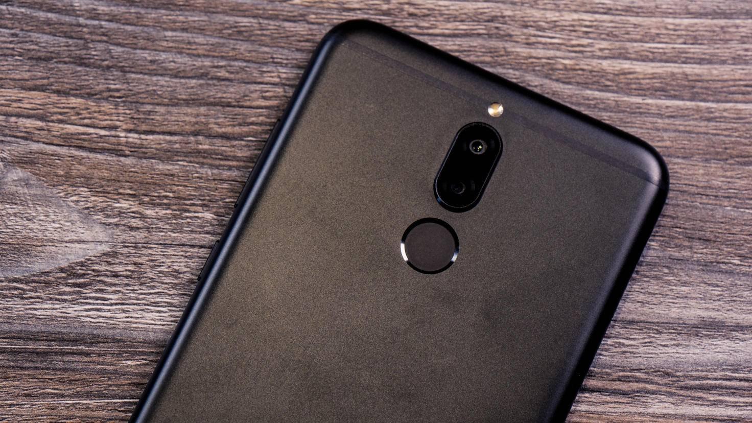 Huawei-Mate-10-Lite-4