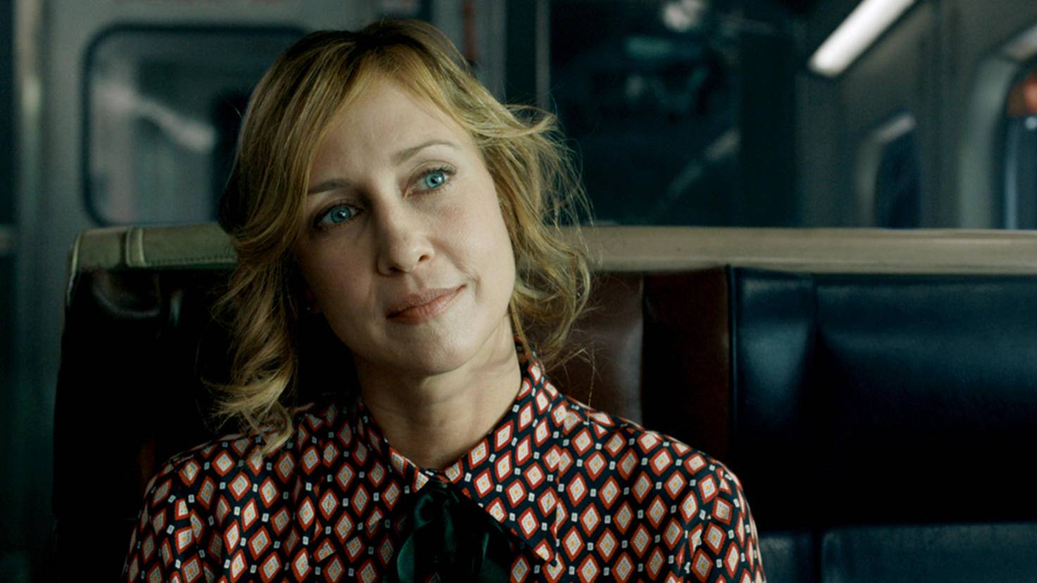Die geheimnisvolle Joanna (Vera Framiga) hält in dem Komplott alle Fäden in der Hand.