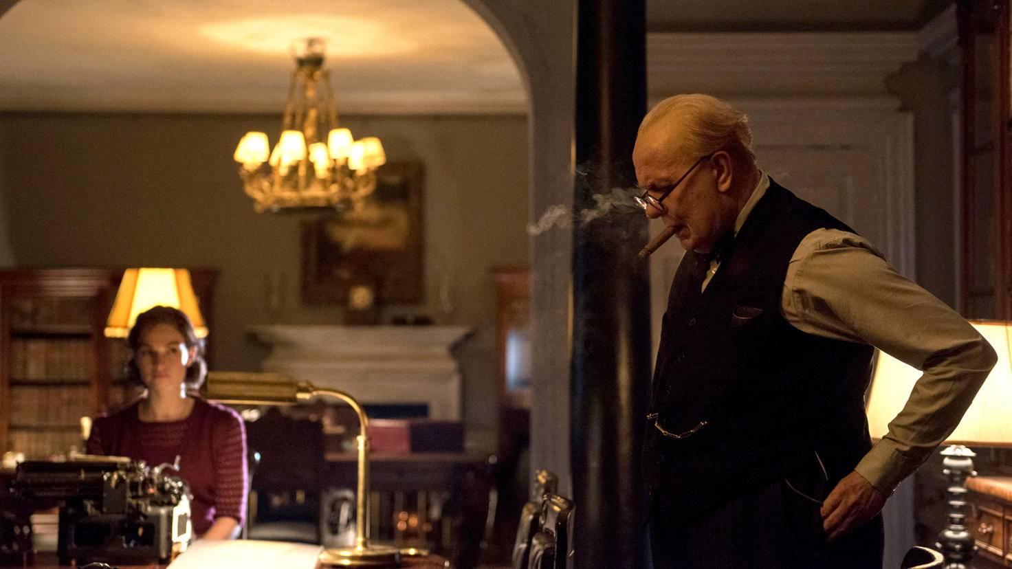 Churchill übernimmt die Führung des Landes in Kriegszeiten.