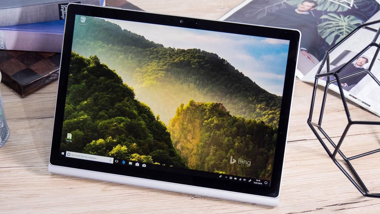 Microsoft-Surface-Book-2-4