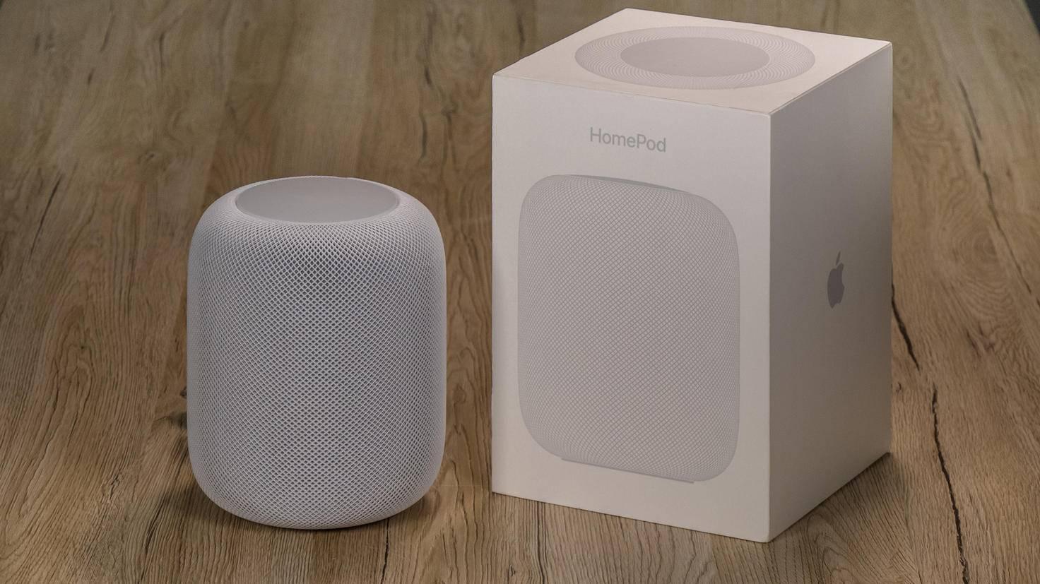 Typisch Apple: einfaches Design bei Gerät und Verpackung.