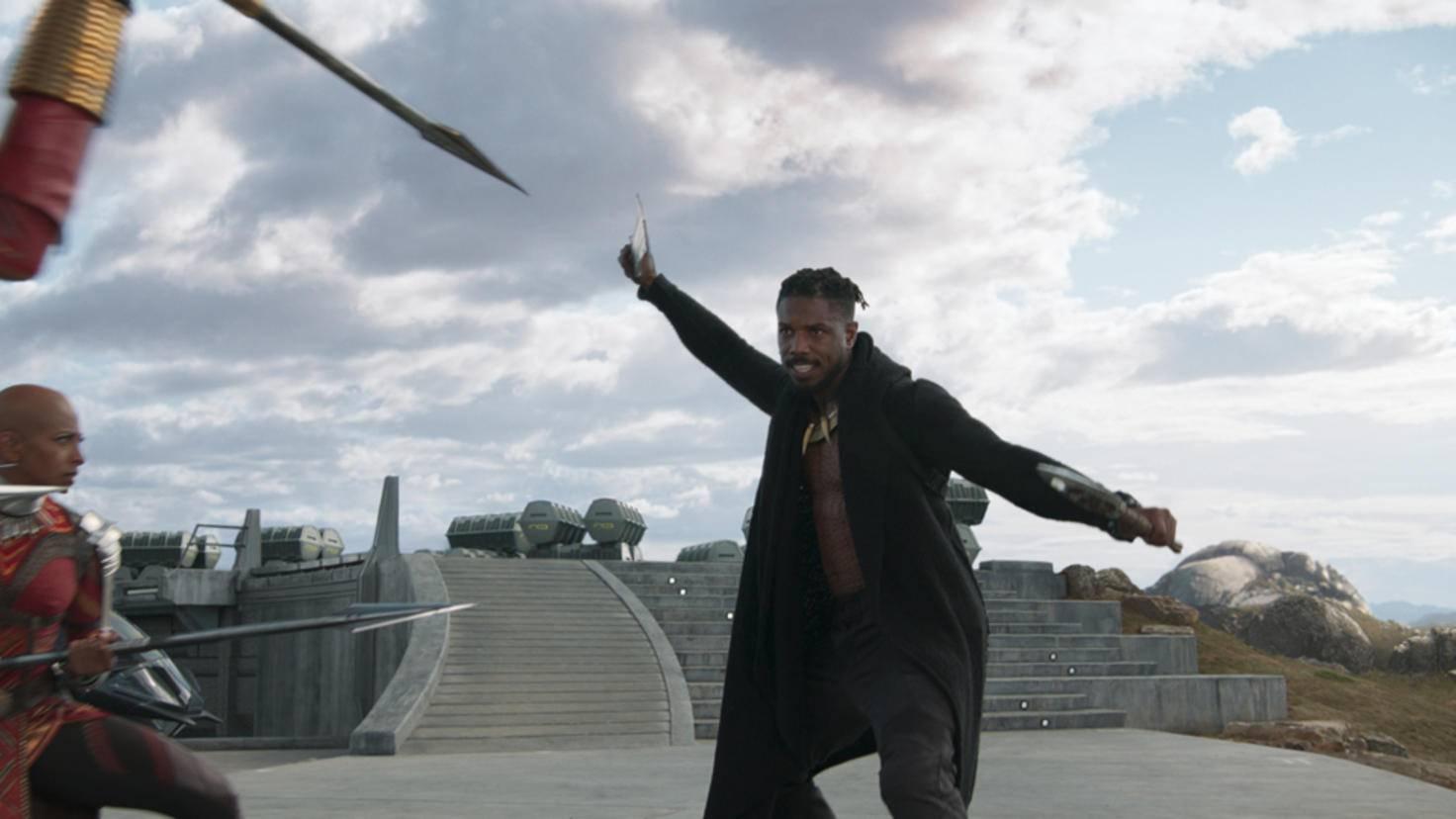Erik Killmonger (Michael B. Jordan) ist ein weiterer Widersacher von T'Challa aka Black Panther.
