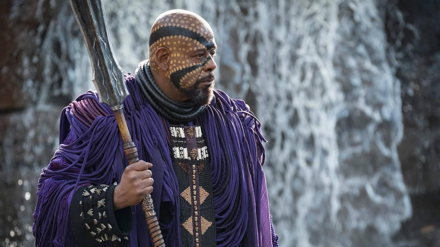 Forest Whitaker als Zuri in Black Panther
