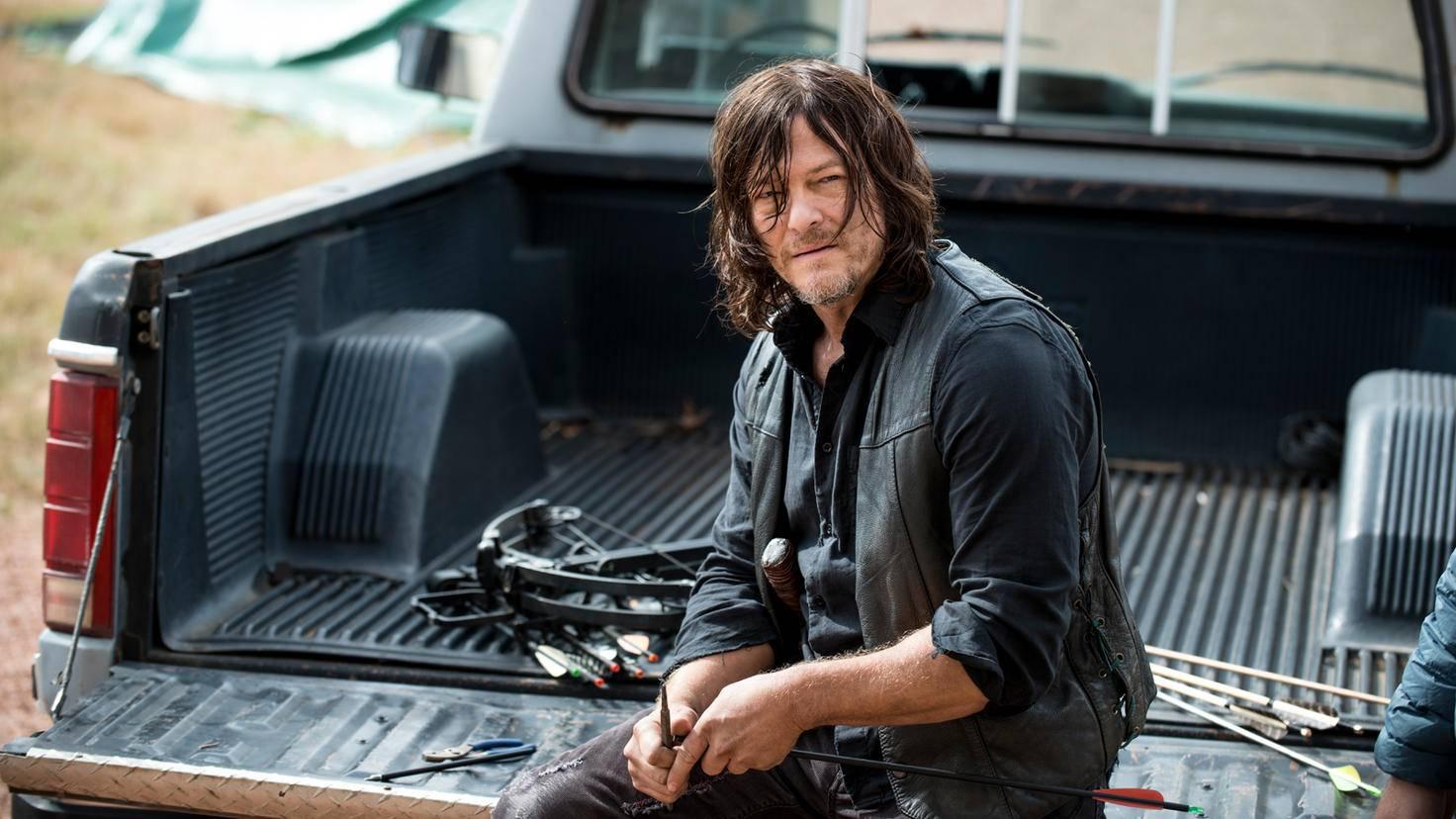 The-Walking-Dead-S08E14-Gene-Page-AMC-01