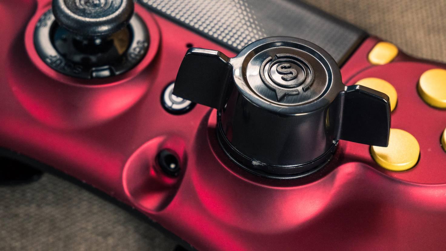 Viele Elemente des Controllers sind individuell anpassbar – darunter die Analog-Sticks.
