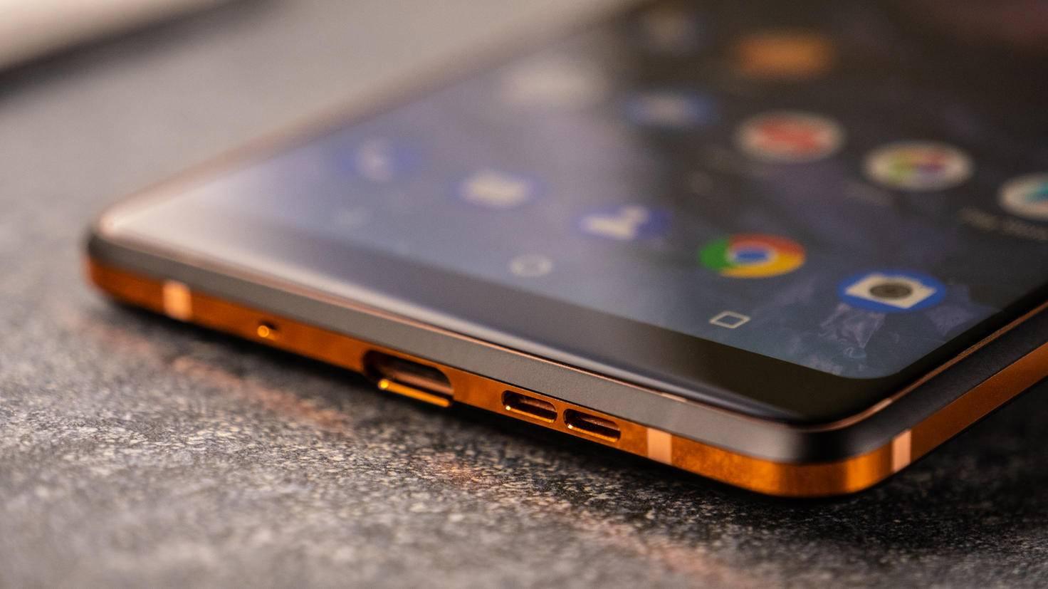 Nokia-7-Plus-Unterseite-TURN-ON