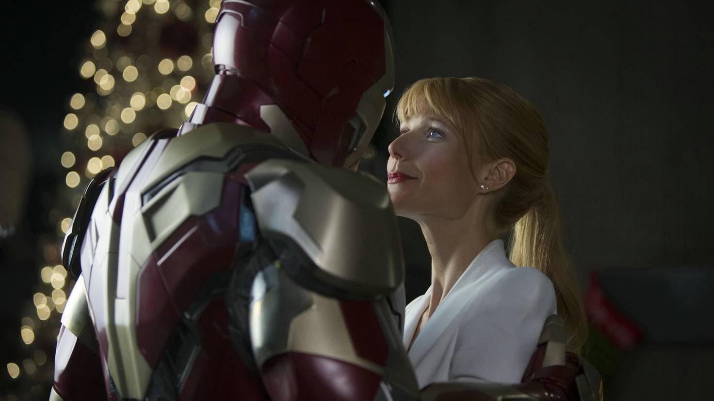 "Robert Downey Jr. und Gwyneth Paltrow als Tony Stark und Pepper Potts in ""Iron Man"""