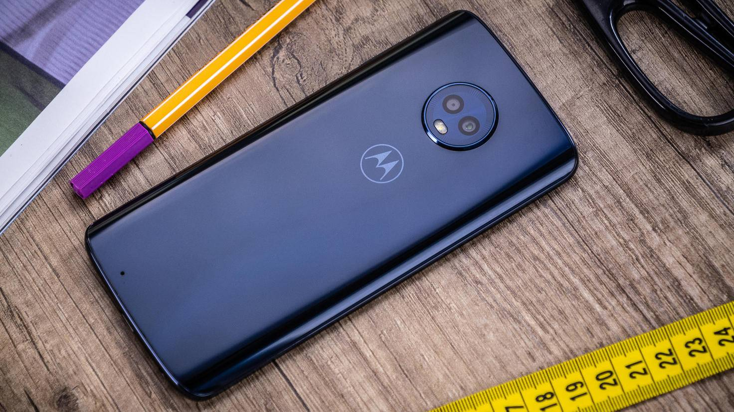 Motorola-Moto-G6-TURN-ON-4