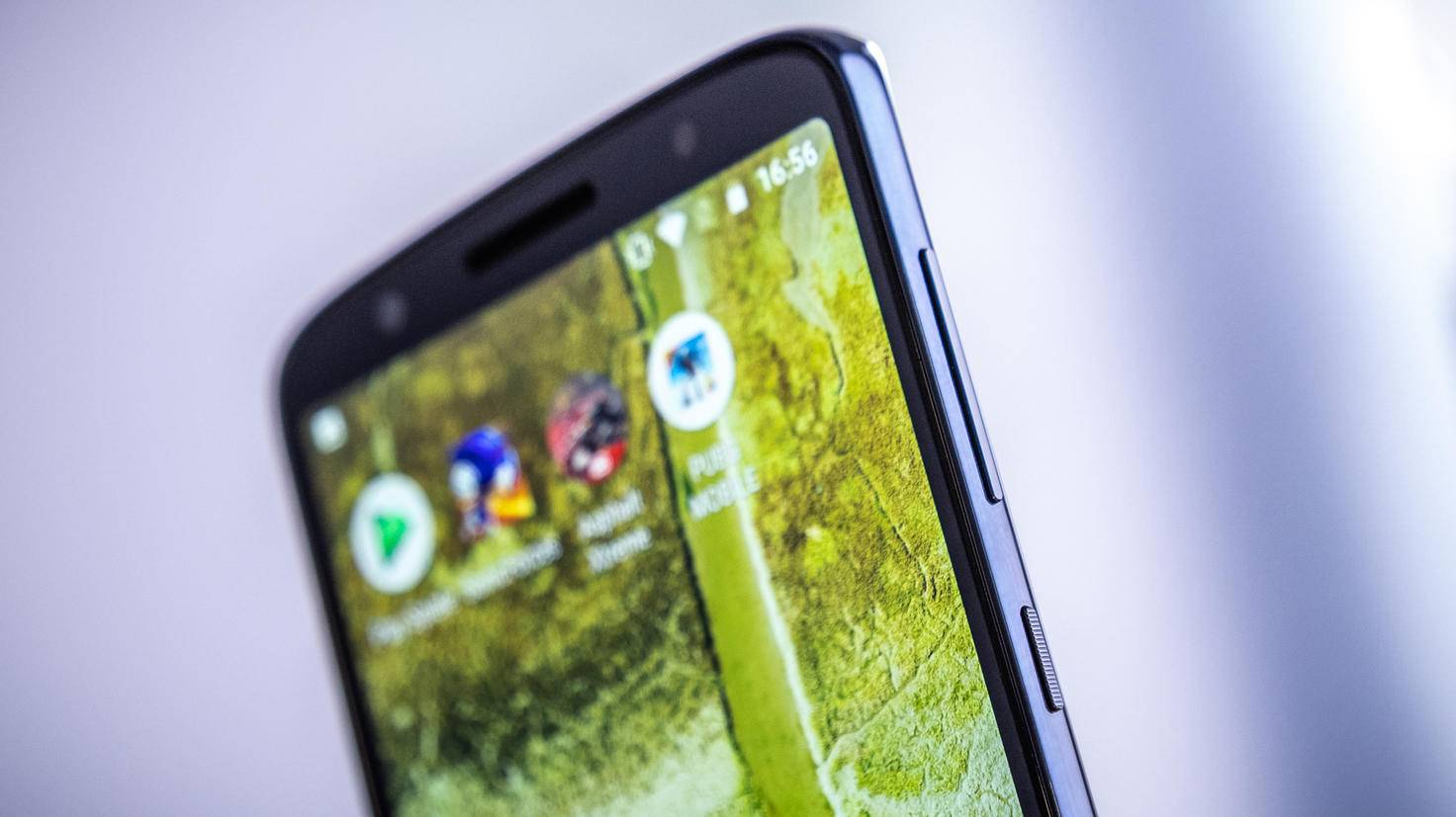 Motorola-Moto-G6-TURN-ON-7
