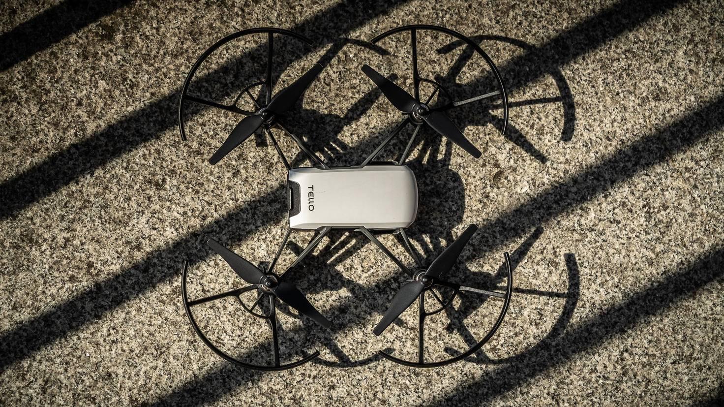 Die Drohne beherrscht Tricks...