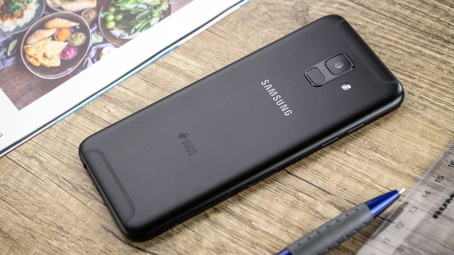 Samsung-Galaxy-A6-TURN-ON-4