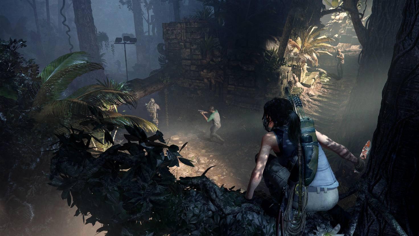 """Erst beobachten, dann lautlos zuschlagen: Lara Croft mutiert in """"Shadow of the Tomb Raider"""" endgültig zum Raubtier."""