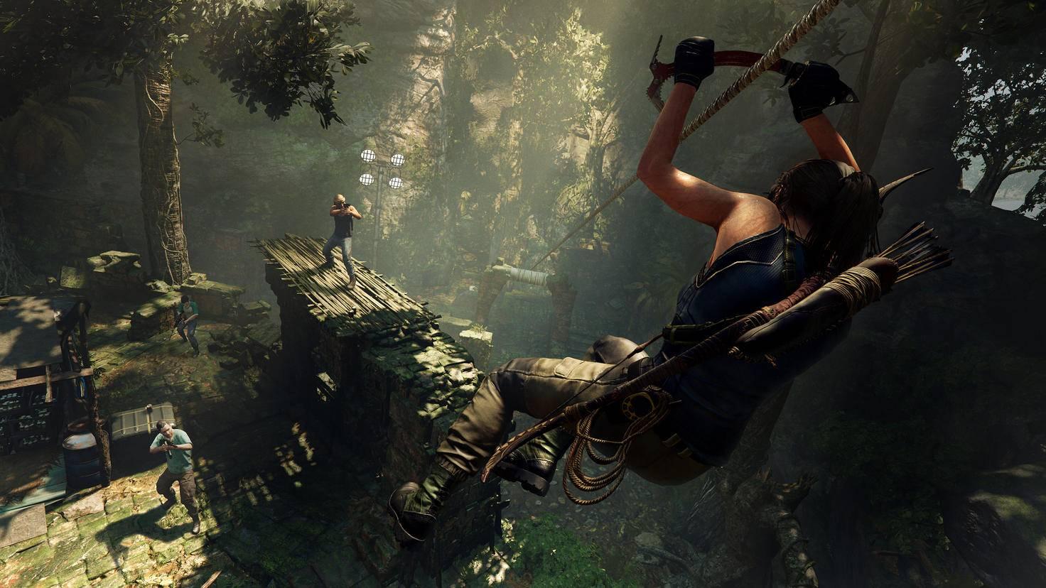 Tod von oben: Ihre Wendigkeit macht Lara Croft zum gefährlichen Gegner.