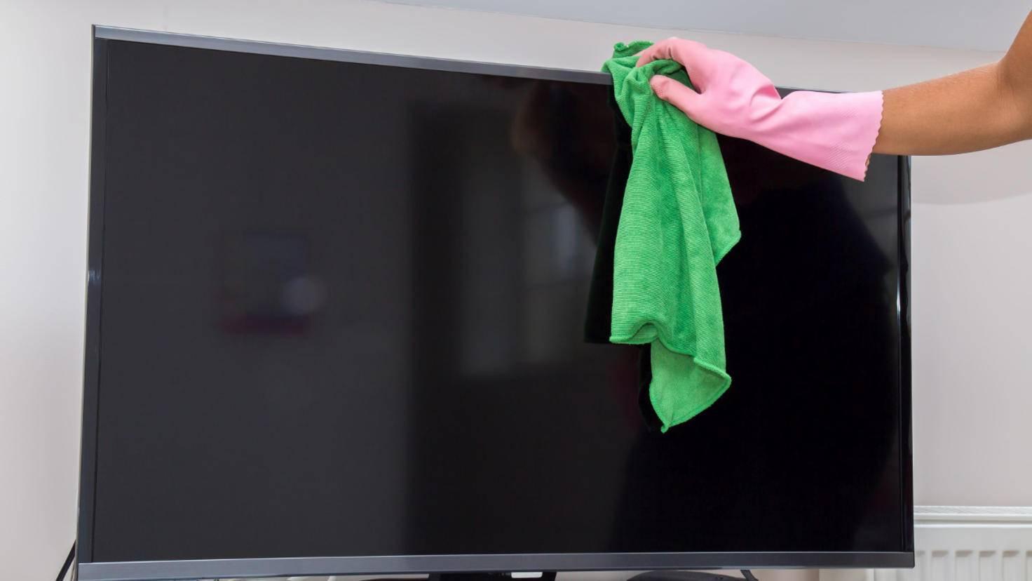 Fernseher reinigen
