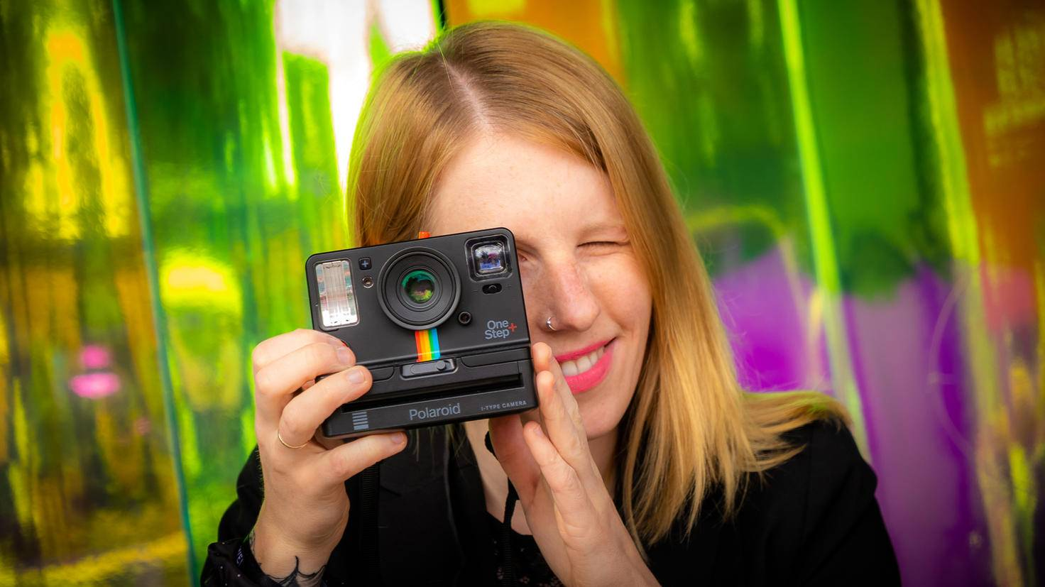 Polaroid OneStep+ 1