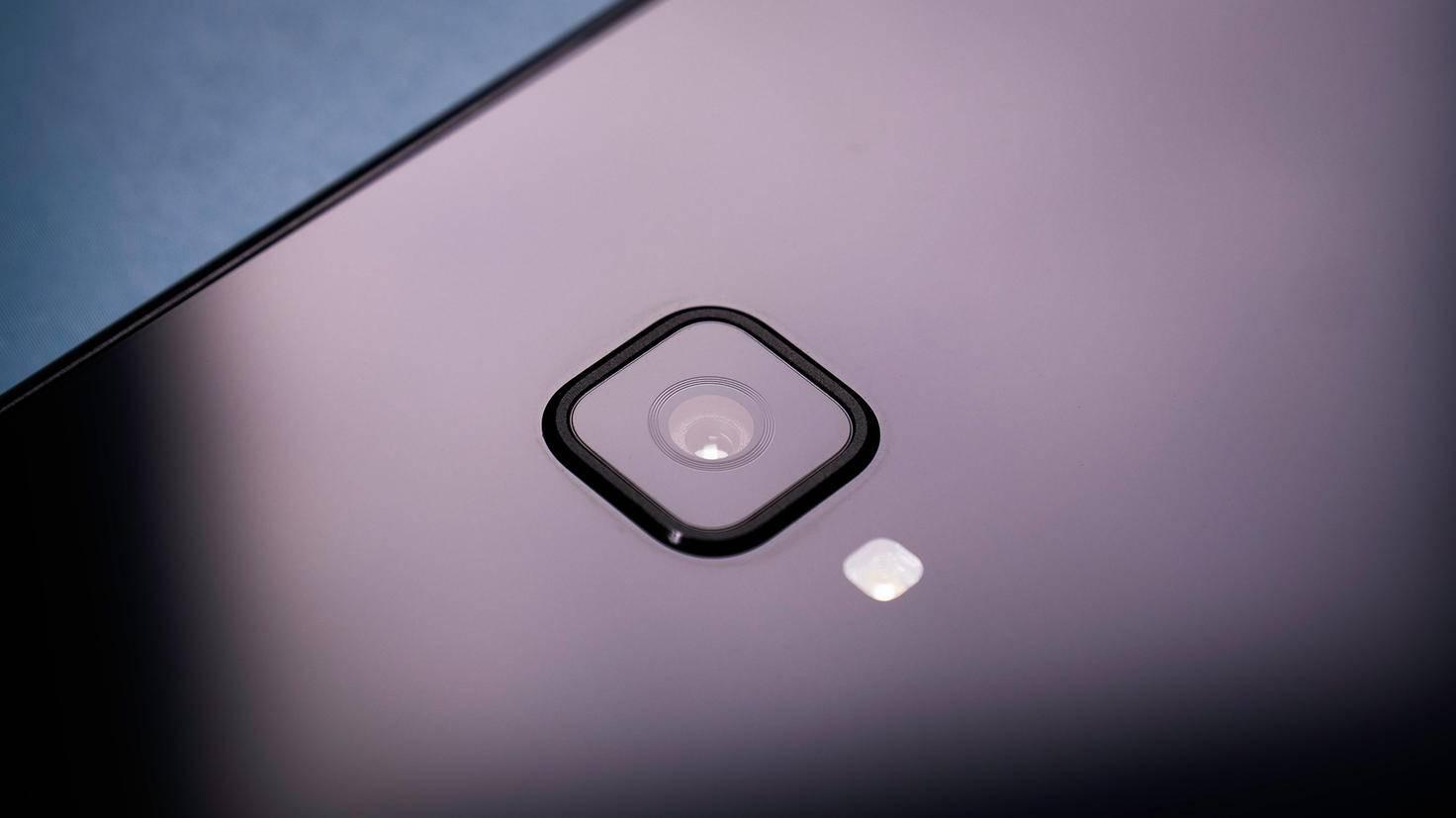 Samsung-Galaxy-Tab-S4-TURN-ON-4