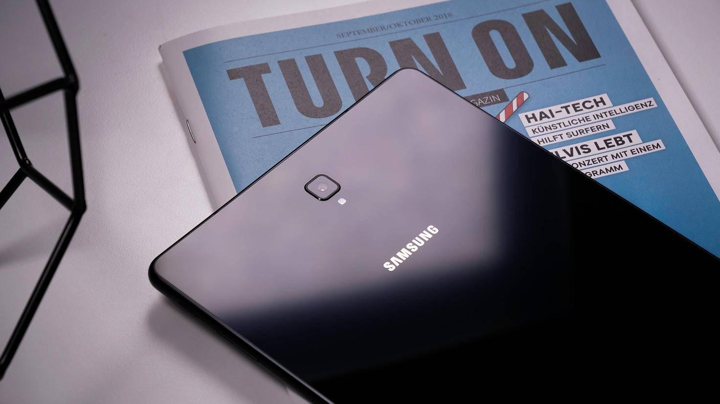 Samsung-Galaxy-Tab-S4-TURN-ON-5