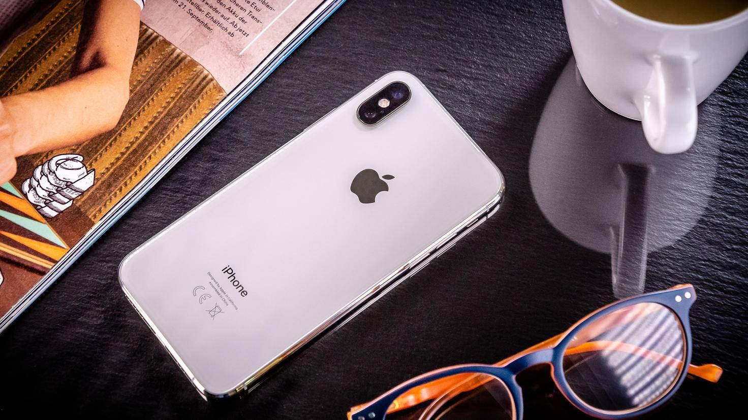 Sowohl das iPhone XS als auch ...
