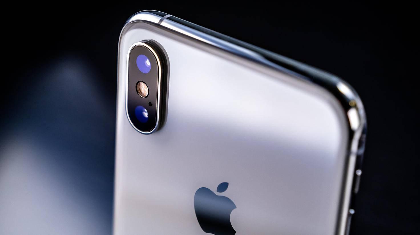 Das iPhone XS bringt eine 12-MP-Weitwinkel- und eine 12-MP-Telelinse mit.