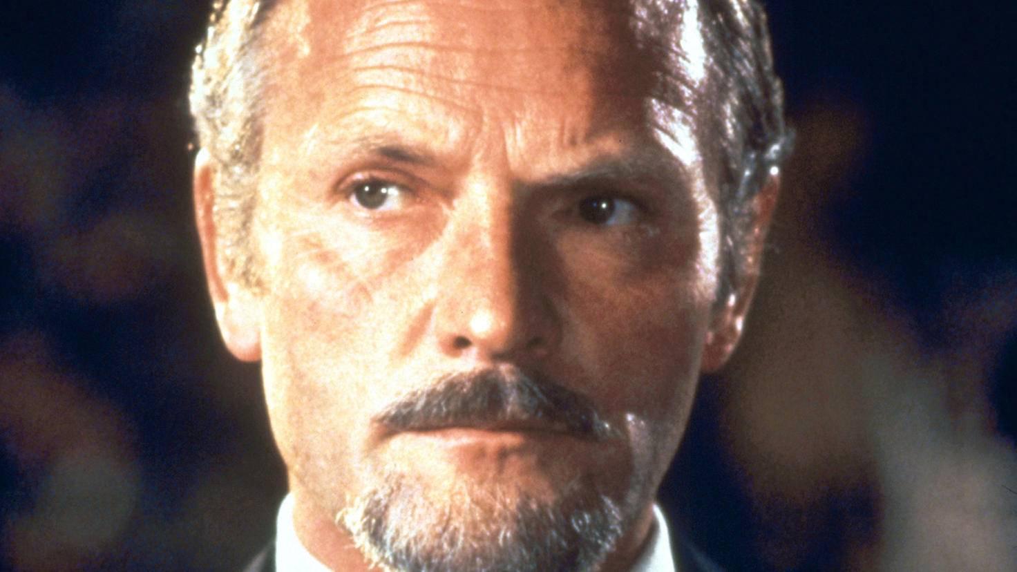 James Bond - In tödlicher Mission julian glover