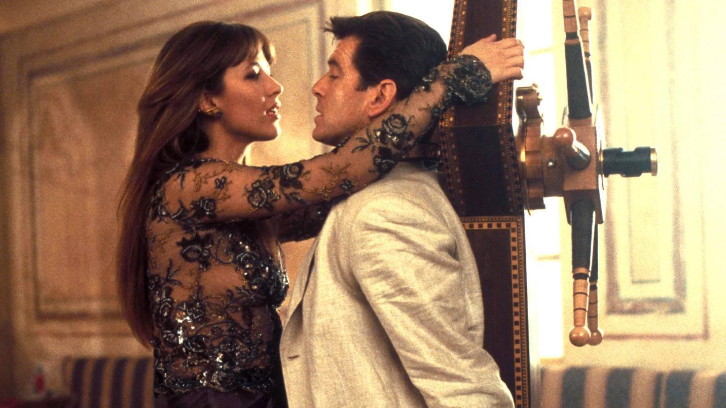 James Bond – Die Welt ist nicht genug sophie marceau pierce brosnan