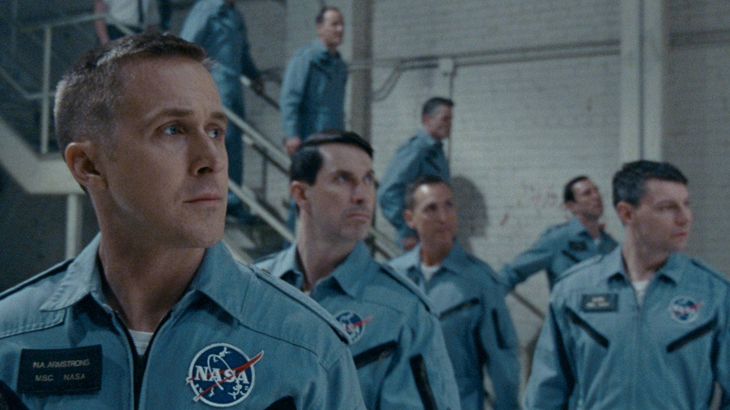 ... arbeitet Armstrong daran, die Mondlandung zu ermöglichen.