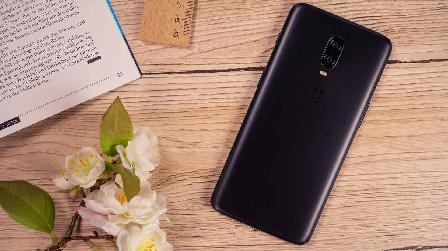OnePlus-6T-TURN-ON-1
