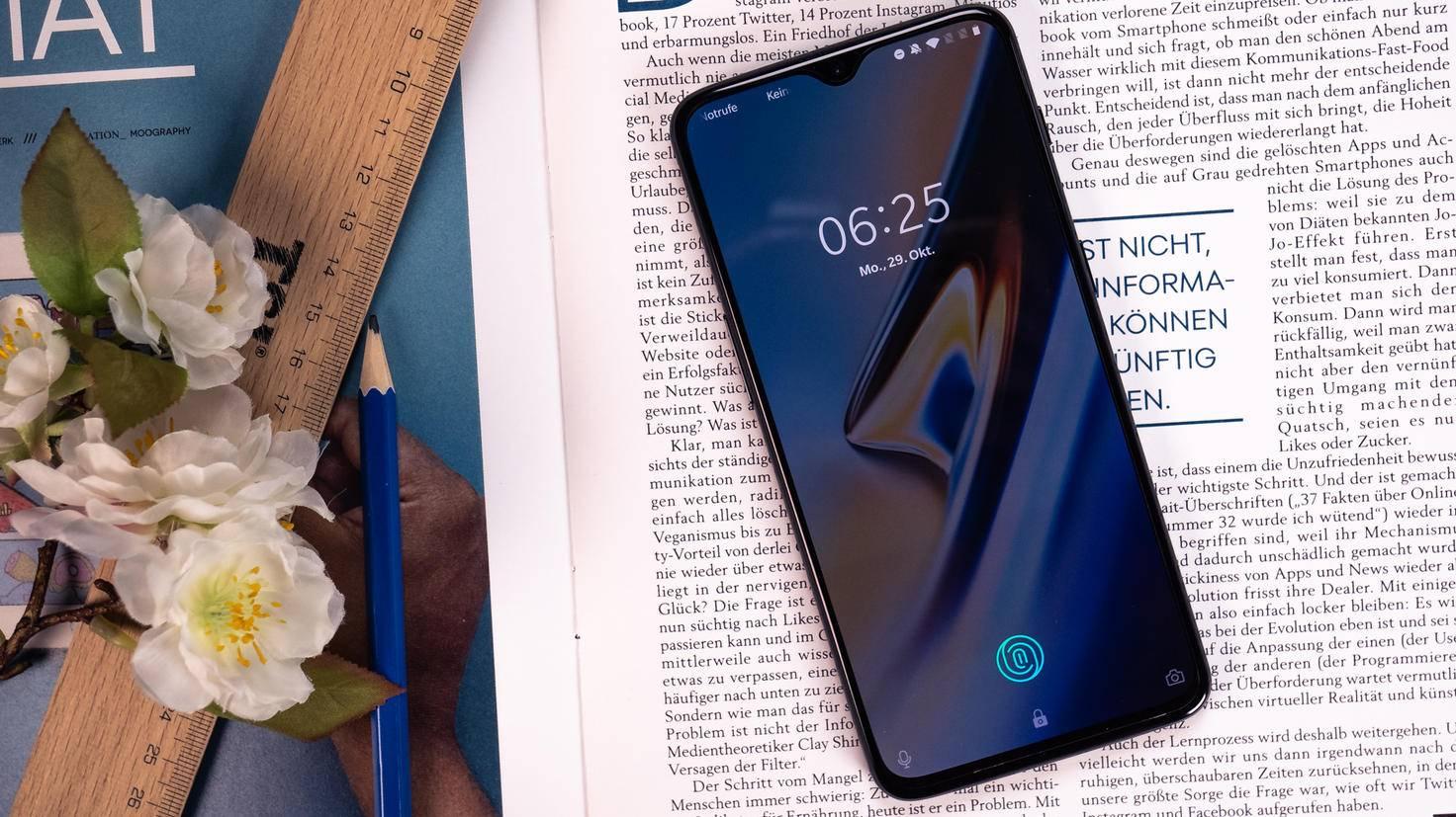 OnePlus-6T-TURN-ON-8